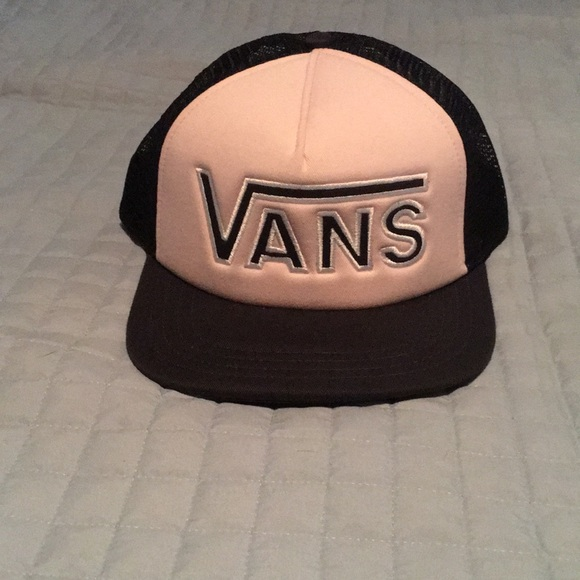ac5d3a2fb41 Vans snapback hat. M 5c1fa8a0f63eead687e5245d. Other Accessories ...